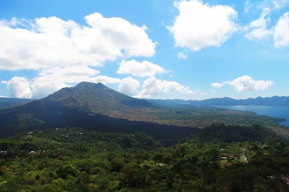 Езерото и вулкана Батур (Batur Volcano and Lake Batur ), Остров Бали, Индонезия, Bali Island, Indonesia