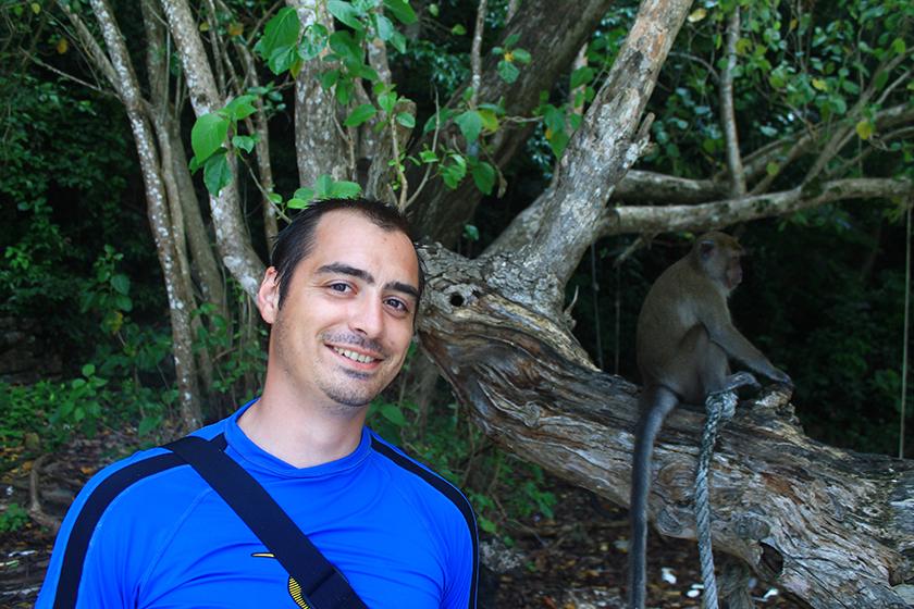 Плажът на маймуните, остров Пи Пи Дон / Monkey Beach, Phi Phi Don Island