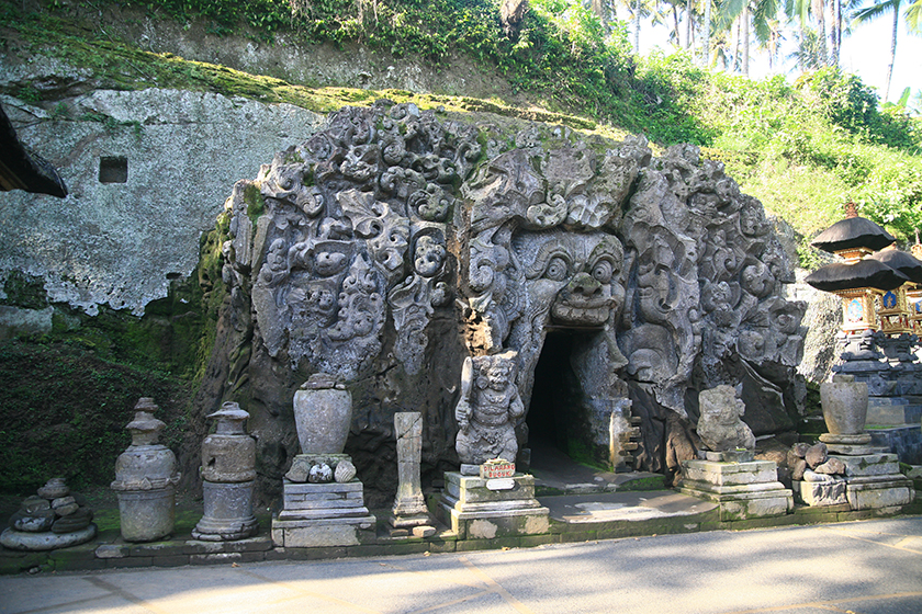 Слоновата пещера Goa Gajah / Goa Gajah, the Elephant Cave in Ubud, Bali
