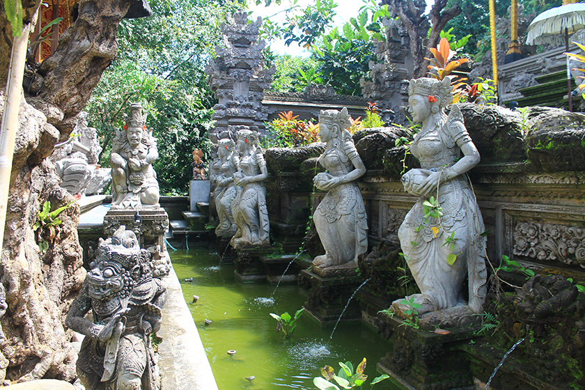 Храмът Гунунг Лебах (Pura Gunung Lebah Temple), Сидеман (Sideman), Остров Бали, Индонезия, Bali Island, Indonesia