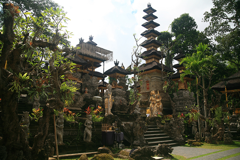 Храм в Убуд (Pura Gunung Lebah Temple, Ubud), Остров Бали, Индонезия, Bali Island, Indonesia
