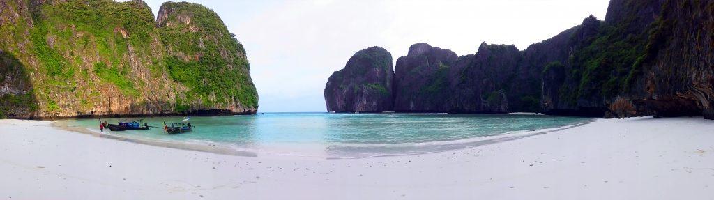 Плажът Мая Бей (Maya Bay Beach)