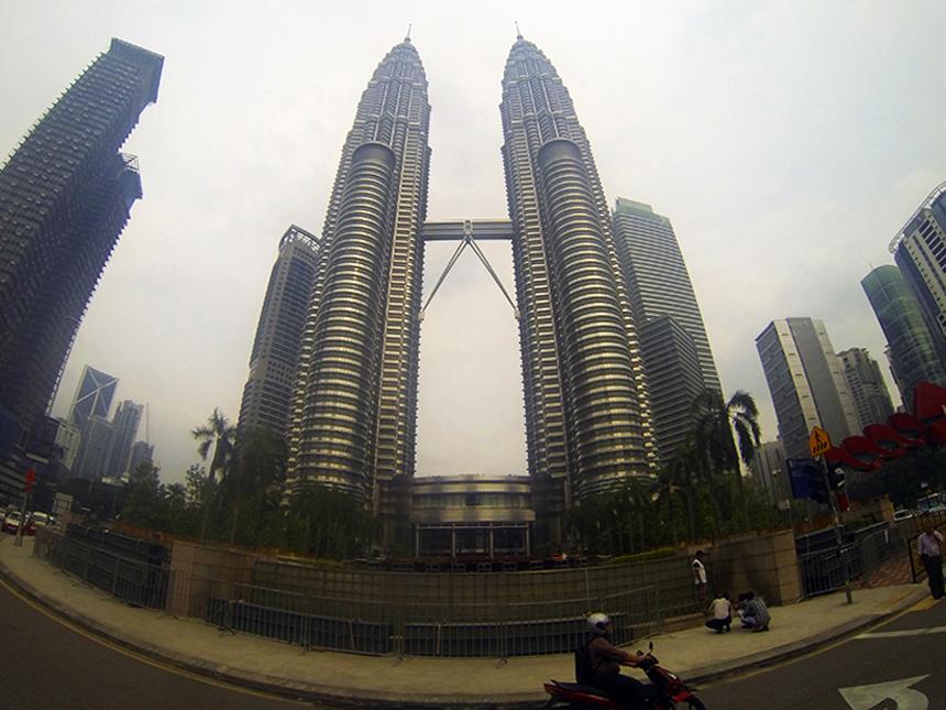 Кулите Петронас (Petronas Towers), Куала Лумпур, Малайзия, Kuala Lumpur, Malaysia