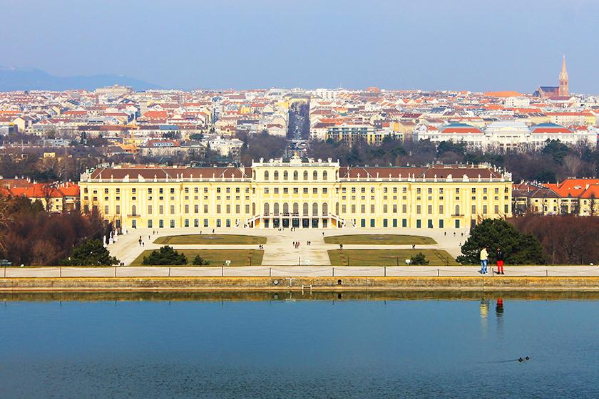 Дворецът Шьонбрун / Schönbrunn Palace