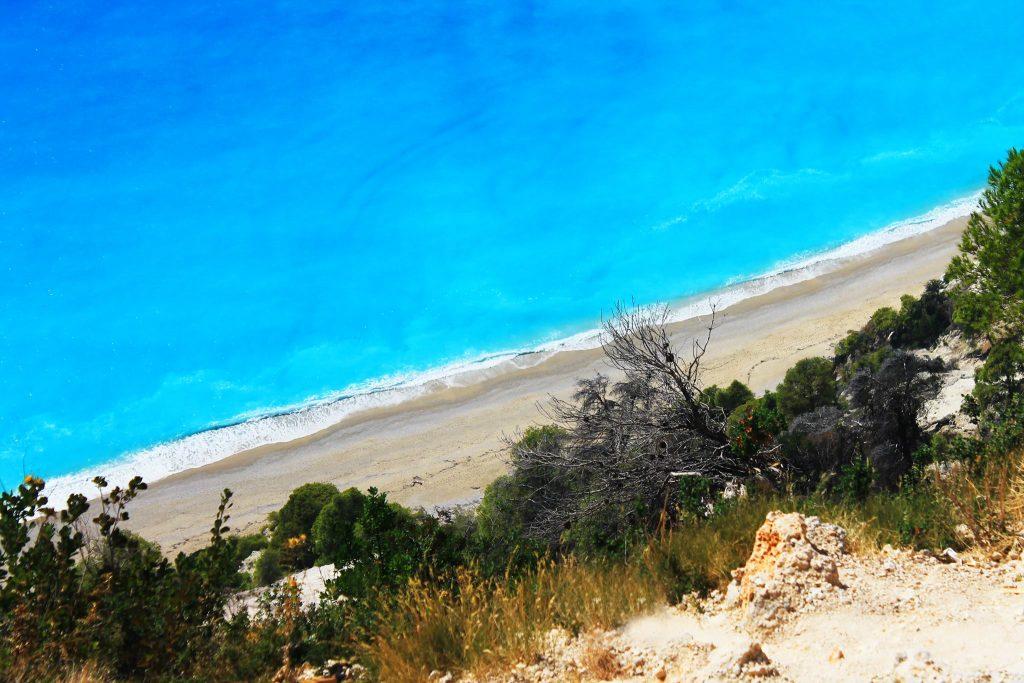 Egremni Beach / Плажът Егремни
