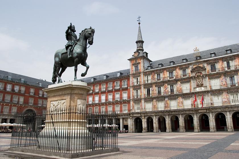 Централният площад / Plaza Mayor