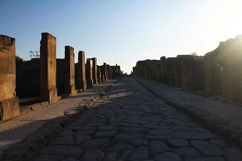 Улиците на Помпей / The Streets Of Pompeii