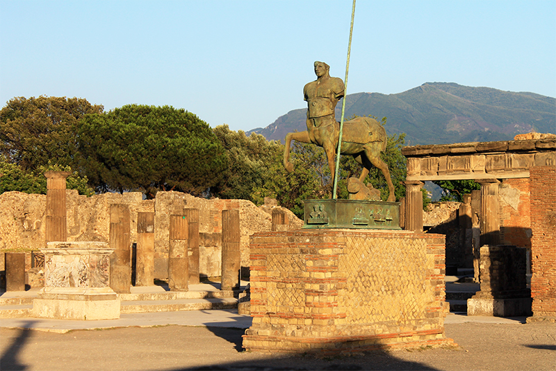 Форумът в Помпей / The Forum Of Pompeii
