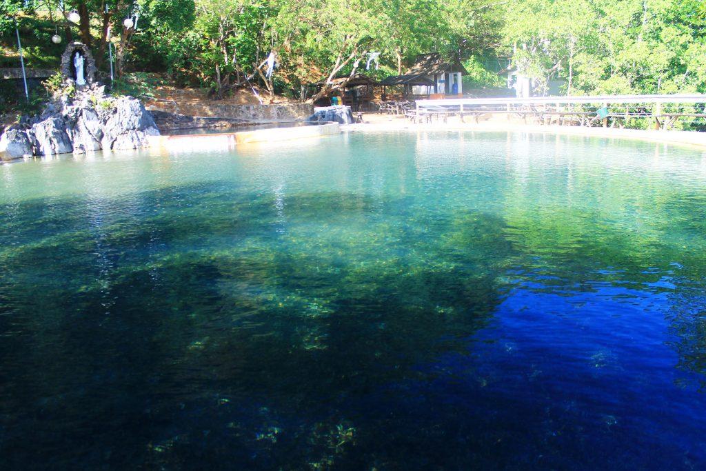 Maquinit Hot Springs, Coron